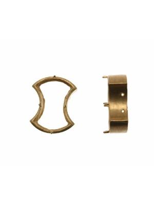 Castone con montatura ad incasso per gemma o cabochon a fiocco da 14x9,5 mm.
