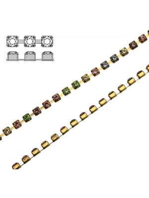 Catena strass, con cristalli Swarovski, base in metallo colore ottone, colore strass MULTICOLOR