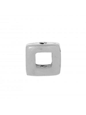 Quadrato liscio, piatto e grosso, forato al centro, con foro passante, 14x14 mm.