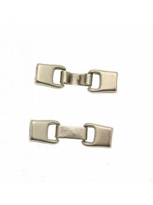 Chiusura a incollo con gancio a forma di due rettangoli (diametro foro da incollo 5 mm.), 10x38 mm.