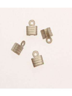 Confezione da 10 pezzi Finalino fermafilo corto zigrinato 5,5 mm.