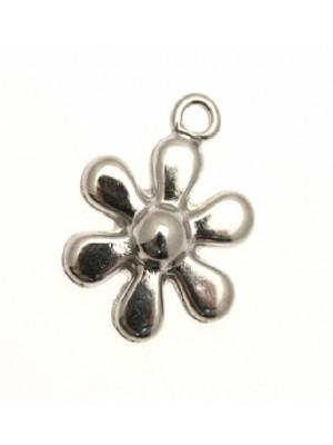 Ciondolo a forma di fiore liscio in rilievo 22 mm.