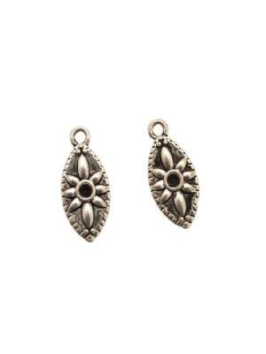 Ciondolo a forma di medaglia a chicco di riso, con fiore centrale e porta strass (gemma tonda conica SS19), 10x21 mm.
