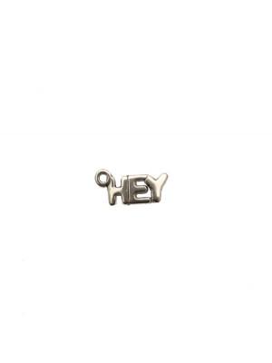 """Ciondolo a forma di medaglia con scritta """"HEY"""", 14x7 mm."""