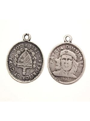 Ciondolo a forma di medaglia di Che Guevara con 1 anello 24 mm.