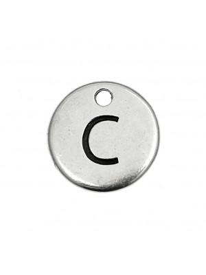 """Ciondolo a forma di medaglia tonda con lettera """"C"""", diametro 12 mm."""