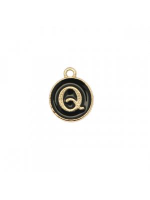 """Ciondolo a forma di medaglia tonda con lettera """"Q"""", smaltata Nera, 12x14 mm."""