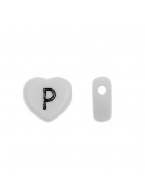 """Distanziatore a Cuore in resina con disegno lettera """"P"""", 12x11 mm."""