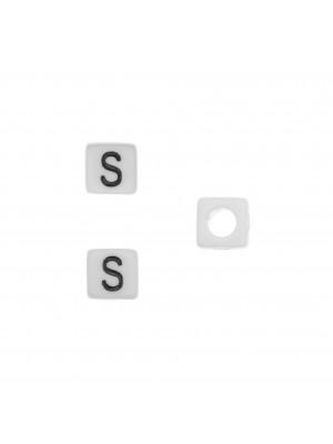 """Distanziatore quadrato in resina con disegno lettera """"S"""", 7 mm."""