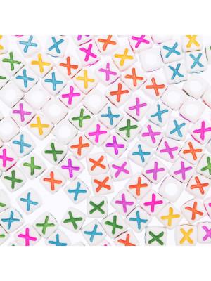 """Distanziatore a Cubo con disegno lettera """"X"""", 7mm., in resina bianca e lettera colorata"""