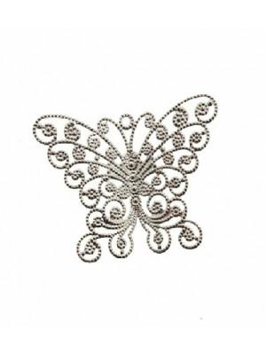 Filigrana a forma di farfalla, traforata a riccioli, con le ali leggermente bombate,  35x28 mm.