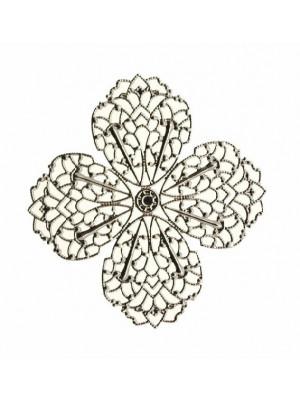 Filigrana a forma di fiore piatto, a quattro petali, traforata, 54 mm.