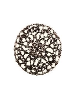 Filigrana tonda piatta, traforata, con fiore in rilievo al centro, 44 mm.