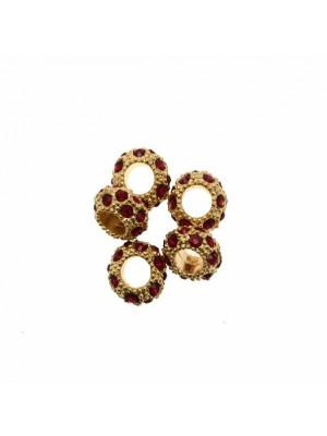 Rondella bombata strass, stretta, in metallo, 10x5,7 mm., base oro lucido, colore strass ROSSO SCURO