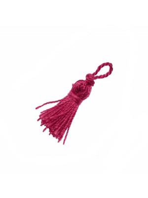 Nappina in cordoncino acrilico, lunghezza variabile da 2,5 a 3,5 cm., colore Rubino