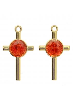 Ciondolo a forma di Croce con elemeno al centro, 13x23 mm., base Oro Lucido, colore smalto Rosso Amaranto