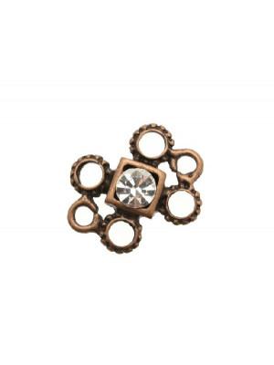 Distanziatore a più fori, formato da 4 rodelle puntinate e due anelli lisci, strass centrale crystal, 18x24 mm.