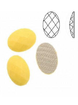 Cabochon ovale sfaccettato, termoadesivo, in resina, colore GIALLO PASTELLO