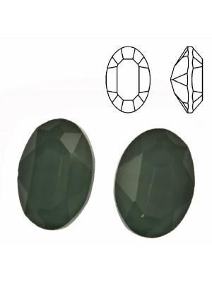 Gemma ovale sfaccettata, in cristallo, colore VERDE ERINITE