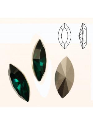 Gemma a navetta sfaccettata, in resina, colore EMERALD