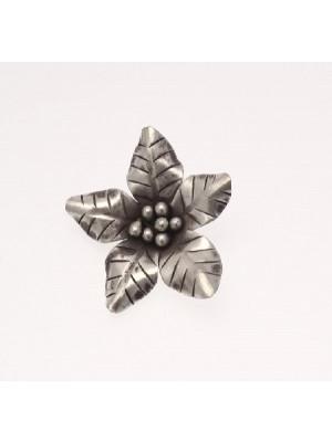Ciondolo fiore a cinque petali, 35 mm.