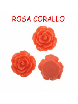 Rosa in resina colorata, piatta sotto, da incollo con foro passante, larga 18 mm., colore Rosa corallo