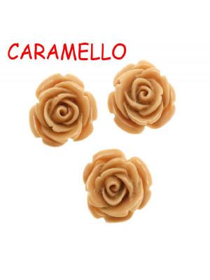 Rosa in resina colorata, piatta sotto, da incollo con foro passante, larga 20 mm., colore Caramello