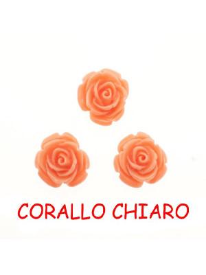 Rosa in resina colorata, piatta sotto, da incollo con foro passante, larga 20 mm., colore Corallo chiaro