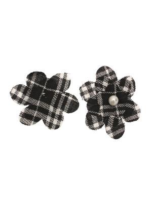 Fiore in stoffa scozzese con perla centrale e anellino sul dietro, 7 cm., sui toni del nero