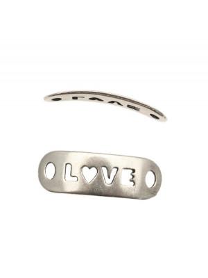 """Elemento per bracciale rettangolare con scritta traforata """"LOVE"""", 8x25 mm."""
