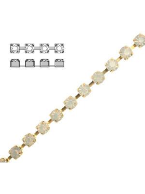 Catena strass, con cristalli Preciosa, base in metallo colore ottone, colore strass WHITE OPAL
