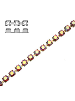 Catena strass, con cristalli Preciosa, base in metallo colore ottone, colore strass ROSE AB