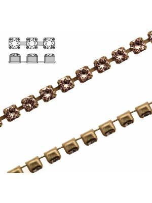 Catena strass, con cristalli Swarovski, base in metallo colore ottone, colore strass VINTAGE ROSE