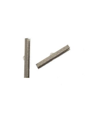 Confezione da 2 pezzi del finalino ferma nastro zigrinato, con graffette finali e anello, per nastri alti 38 mm.