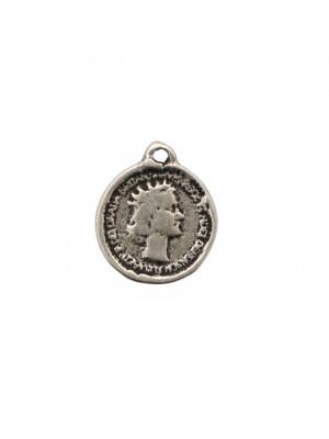 Ciondolo a forma di medaglia, tonda, con Regina Elisabetta II, 19x21 mm.