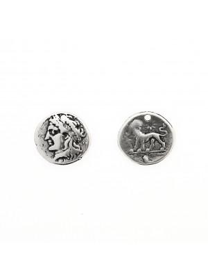 Ciondolo a forma di moneta romana antica, con un anellino tondo chiuso in alto, 19 mm.