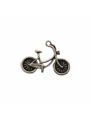 Ciondolo a forma di bicicletta, 26x18 mm.