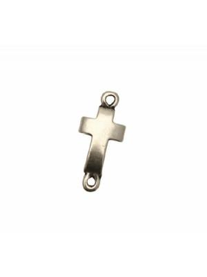 Distanziatore a forma di croce piatta liscia, con due anelli, 20x9 mm.