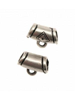 Distanziatore a boccale a forma di tubo con rombo, 14x10 mm.