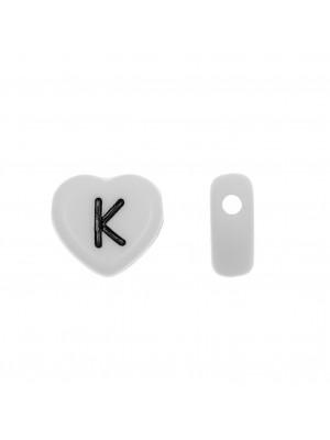 """Distanziatore a Cuore in resina con disegno lettera """"K"""", 12x11 mm."""