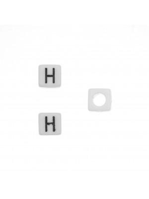 """Distanziatore quadrato in resina con disegno lettera """"H"""", 7 mm."""