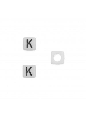 """Distanziatore quadrato in resina con disegno lettera """"K"""", 7 mm."""