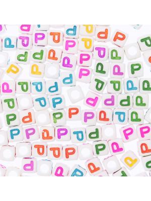 """Distanziatore a Cubo con disegno lettera """"P"""", 7mm., in resina bianca e lettera colorata"""