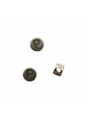 """Distanziatore tondo piatto liscio, con disegno lettera """"P"""", 7x4 mm."""