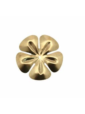 Filigrana a forma di fiore, leggermente bombata, forata al centro, 34 mm.