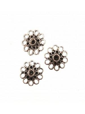 Filigrana porta strass a forma di fiorellino, con ago corto dietro,  15 mm.