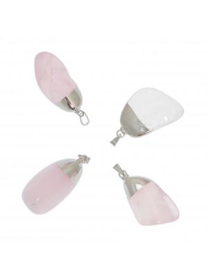 Ciondolo irregolare di pietra dura, colore Quarzo Rosa, 13-22x35-42 mm, base colore Argento Rodio