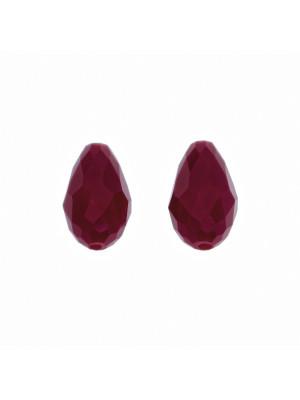 Goccia sfaccettata con foro passante, in cristallo, 10x15 mm., colore Rosso Scuro