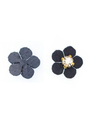 Fiore in alcantara, con una gemma in resina Crystal al centro, diametro 13 mm.