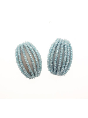 Ovale in legno tinto su tono, ricoperto di perline di conteria, 26x34 mm., Azzurro